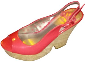 Fergalicious by Fergie Red Wedges