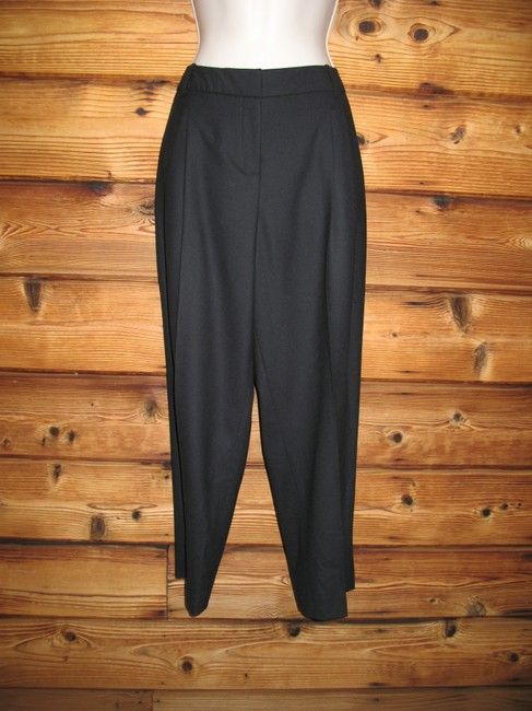 Preload https://img-static.tradesy.com/item/22410315/pure-collection-black-wool-810-capricropped-pants-size-8-m-29-30-0-0-650-650.jpg