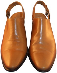 Franco Sarto Buckle Leather Calfskin Avalon caramel brown Pumps