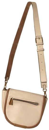 Preload https://img-static.tradesy.com/item/22410870/marc-by-marc-jacobs-or-shoulder-cream-leather-cross-body-bag-0-1-540-540.jpg