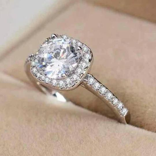 9.2.5 Diamond Silver 925 1.5 Ct Silver Engagement Ring
