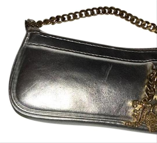 Preload https://img-static.tradesy.com/item/22411384/juicy-couture-silver-and-gold-wristlet-0-3-540-540.jpg