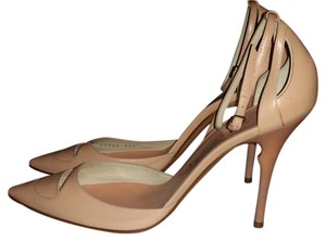 Casadei Cream Pumps