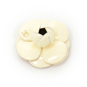 Chanel Chanel Off White Camellia Brooch Pin CG238