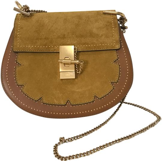 Preload https://img-static.tradesy.com/item/22412265/chloe-drew-new-tan-suede-leather-cross-body-bag-0-1-540-540.jpg