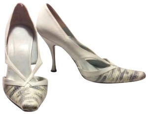 Vera Wang Vintage Palest Made In Italy Faux Snakeskin Aqua Pumps