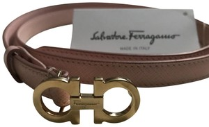 Salvatore Ferragamo pink leather and gold Gancini Belt --- Fits pants/jean sizes 27/28