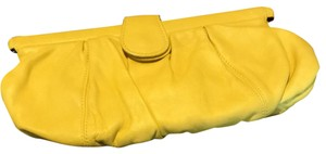ABACO yellow Clutch