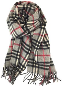 Burberry #15178 Grey Check pattern 100% lambswool scarf