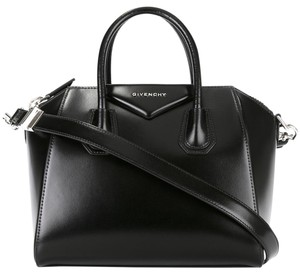 Givenchy Antigona Smooth Calf Patent Patent Speedy Satchel in black