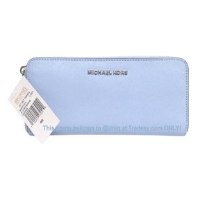 e667cf4ff20a Michael Kors BEAUTY! NWT Sky Blue Travel Continental Zip Around Wallet  Change Purse