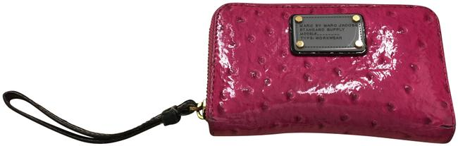 Item - Mmj Pink Patent Leather Wristlet