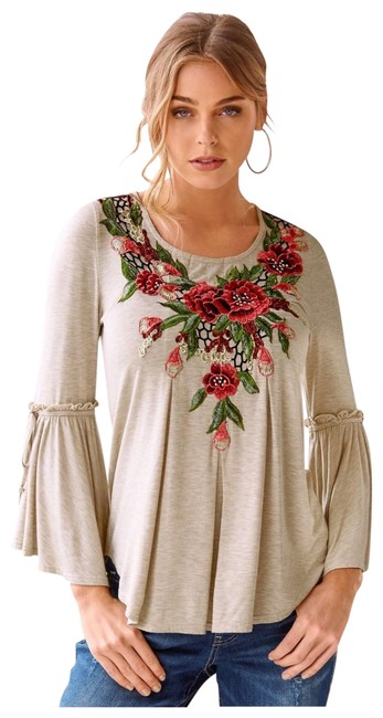 Item - Cream Rose Embroidered Blouse Size 6 (S)