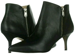 64904187cdb Adrienne Vittadini Boots & Booties Up to 90% off at Tradesy