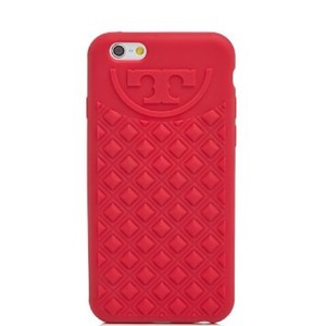 c1d31f2b9 Tory Burch Tory Burch pink silicon logo iPhone 6 cover case
