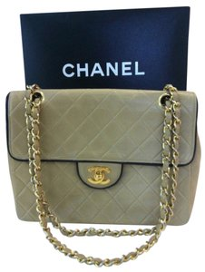 Chanel Quilted Beige Flap Convertible Crossobdy Or Clutch Or Black Trim Ghw Shoulder Bag