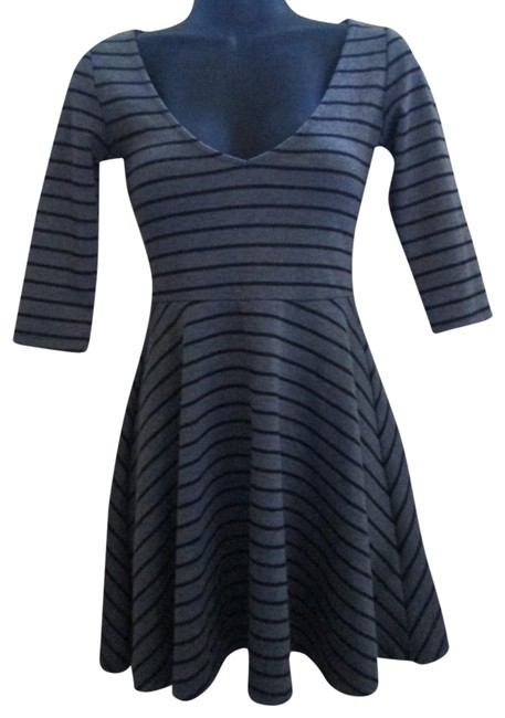 Preload https://img-static.tradesy.com/item/22424882/urban-outfitters-gray-pins-and-needles-short-casual-dress-size-2-xs-0-1-650-650.jpg