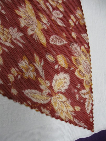 Unbranded Long, Narrow 'Stretchy' Scarf - Maroon and Tan Image 2