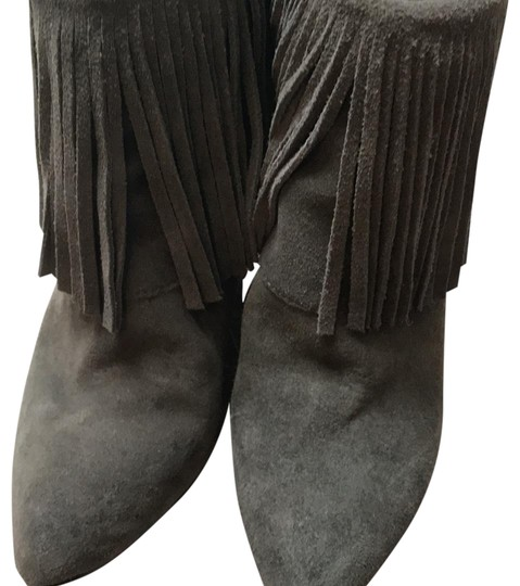 Preload https://img-static.tradesy.com/item/22425213/chinese-laundry-taupe-bootsbooties-size-us-85-regular-m-b-0-3-540-540.jpg