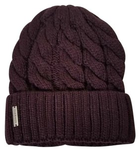Soia & Kyo cable knit beanie