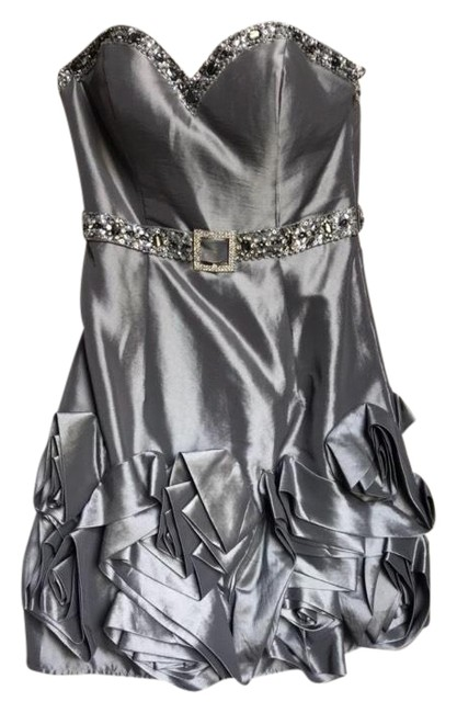 Preload https://img-static.tradesy.com/item/22425750/terani-couture-silver-short-cocktail-dress-size-2-xs-0-2-650-650.jpg