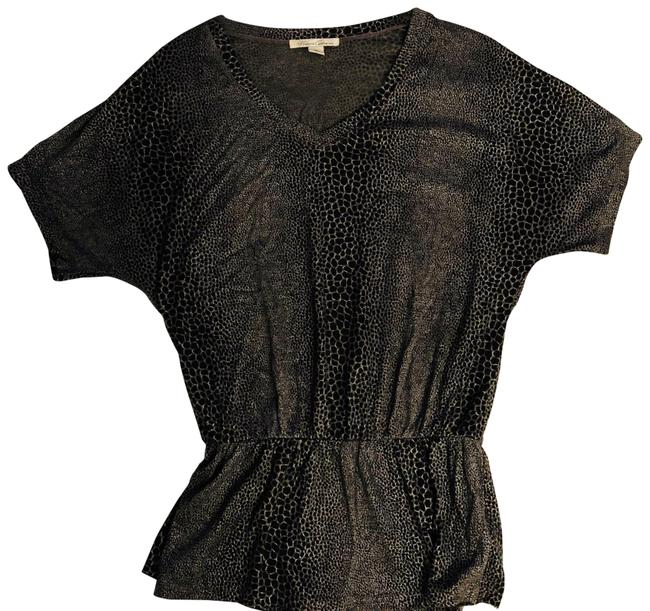 Preload https://img-static.tradesy.com/item/22425976/kenneth-cole-blackgray-snake-print-shirt-with-dolman-sleeves-blouse-size-2-xs-0-1-650-650.jpg