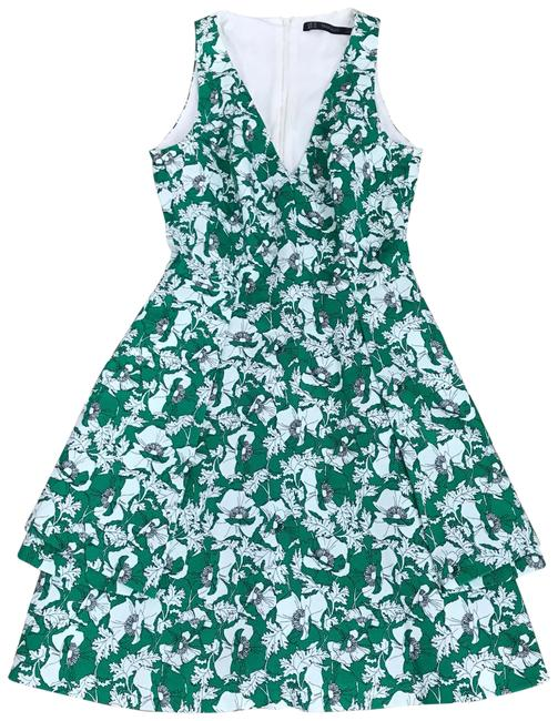Preload https://img-static.tradesy.com/item/22426081/zara-green-white-floral-short-casual-maxi-dress-size-0-xs-0-5-650-650.jpg