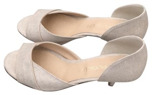 Simply Soles Linen with very subtle sheen Pumps
