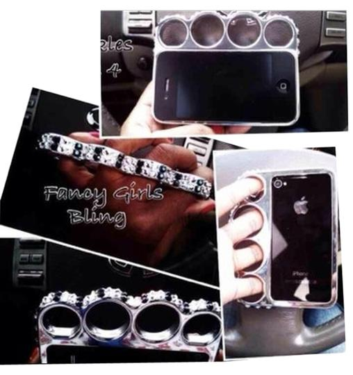 Preload https://img-static.tradesy.com/item/2242643/bling-iphone-4-silver-brass-knuckles-w-swarovski-through-out-tech-accessory-0-0-540-540.jpg
