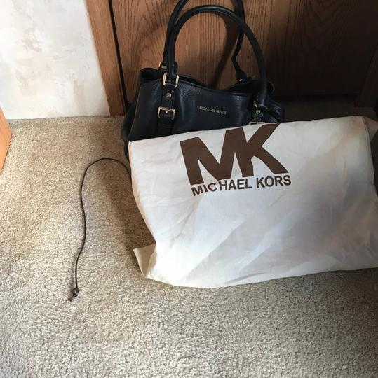 Michael Kors Tote in Black Image 7