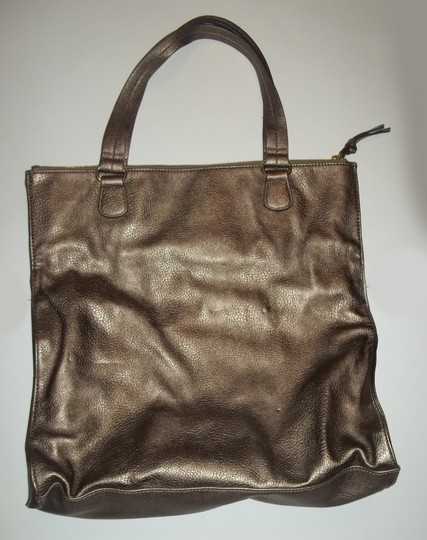 Gianni Bini Faux Leather Metallic Large Pockets Lined Purse Satchel in gold tan