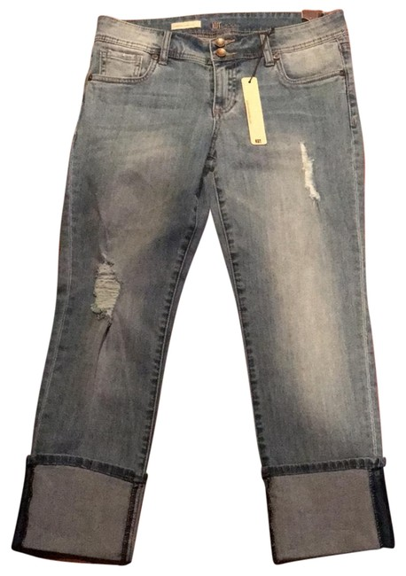 Preload https://img-static.tradesy.com/item/22426911/kut-from-the-kloth-denim-distressed-cameron-straight-leg-ankle-capricropped-jeans-size-29-6-m-0-1-650-650.jpg