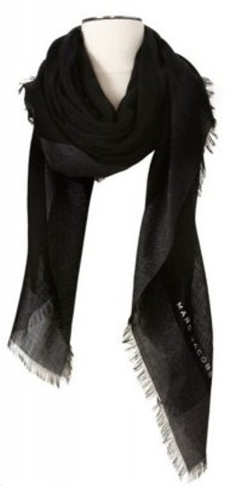 Preload https://item3.tradesy.com/images/marc-jacobs-black-and-grey-scarfwrap-22427-0-0.jpg?width=440&height=440