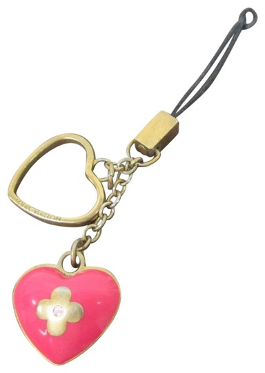 Preload https://img-static.tradesy.com/item/22427770/louis-vuitton-pink-and-gold-heart-smart-phone-cell-phone-charm-strap-tech-accessory-0-2-540-540.jpg