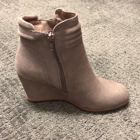 Crown Vintage Smoked Plum Boots