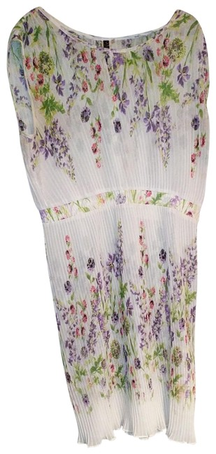 Preload https://img-static.tradesy.com/item/22428082/julian-taylor-white-floral-pleated-mid-length-workoffice-dress-size-14-l-0-1-650-650.jpg