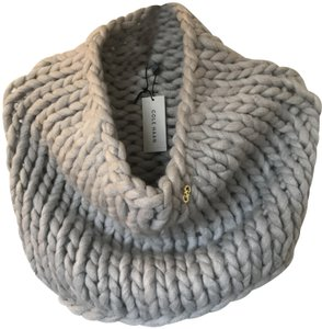 Cole Haan Chunky knit snood neckwarmer