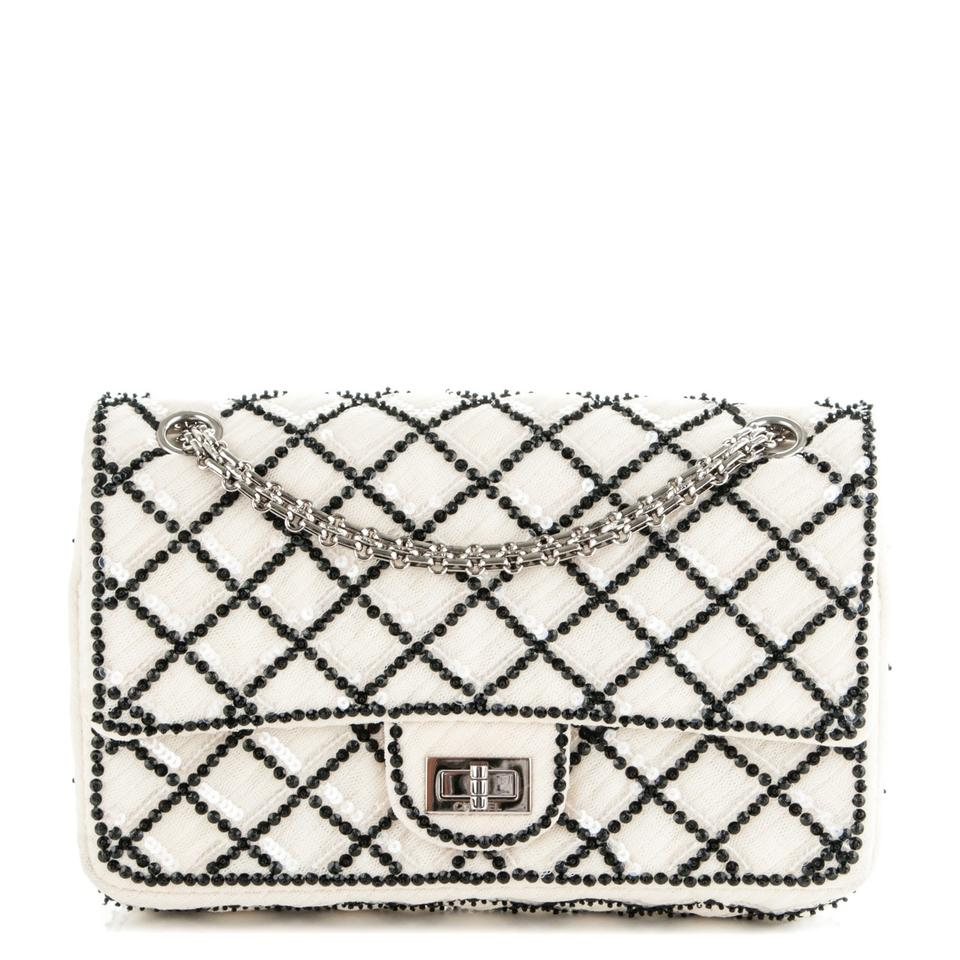 ccc83be021a8 Chanel Cruise Limited Edition Reissue Classic Flap Shoulder Bag Image 0 ...