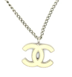 Chanel #15205 Timeless CC beige cream enamel silver chain necklace