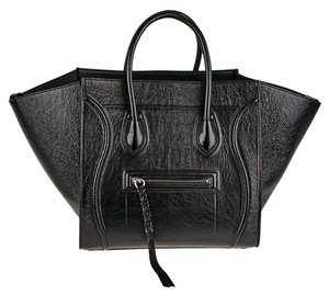 Céline Tote in Shiny Black