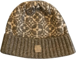 Louis Vuitton Hats - Up to 70% off at Tradesy 6213afd93d1b