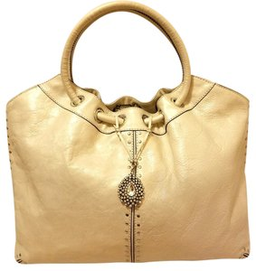 Michael Kors Refurbished Leather Extra-large Excellent Condition Hobo Bag