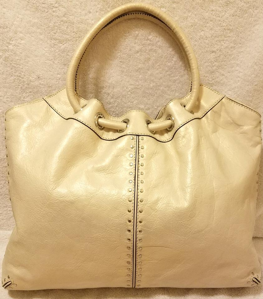 7a38b8b5a41 Michael Kors Refurbished Leather Extra-large Excellent Condition Hobo Bag.  1234567