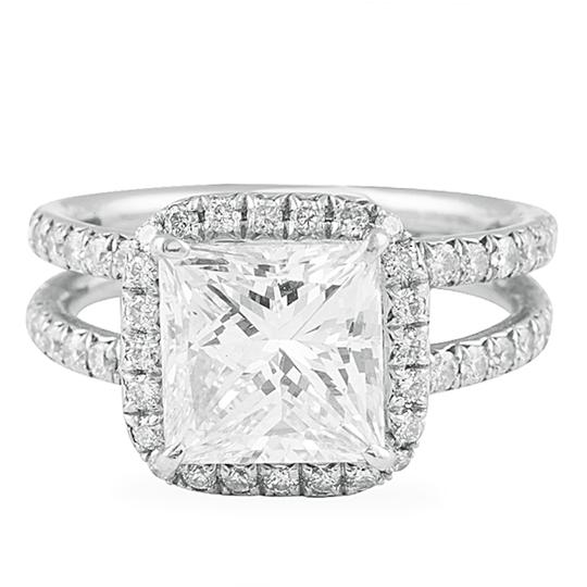 Preload https://img-static.tradesy.com/item/22436208/white-handcrafted-and-gia-certified-440carats-diamond-engagement-ring-0-0-540-540.jpg