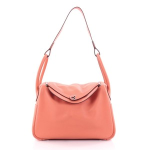 Hermès Shoulderbag Leather Satchel in Flamingo