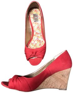 Mix No. 6 red Wedges