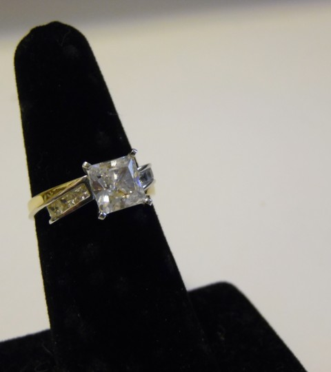 Victoria Wieck RARE Victoria Wieck 14k Absolute Solitaire Ring size 7