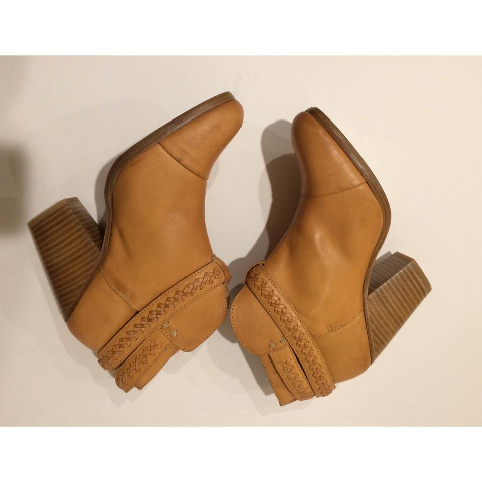 Rag and bone moto boots celebrity wear