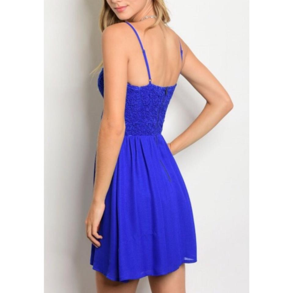 Soieblu Blue Royal Lace Mid-length Cocktail Dress Size 4 (S) - Tradesy