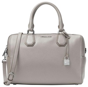 f8764c89ee856c Michael Kors Mercer Medium Duffle Pearl Grey Leather Shoulder Bag ...